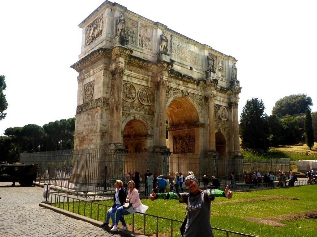 132_Anita_GLOBAL DREAM RIDE_Italy_Rome
