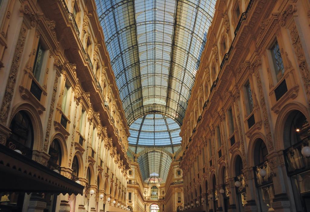 84_Anita_GLOBAL DREAM RIDE_Italy_Milan