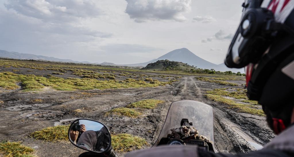 Around Gaia - Givi Explorer