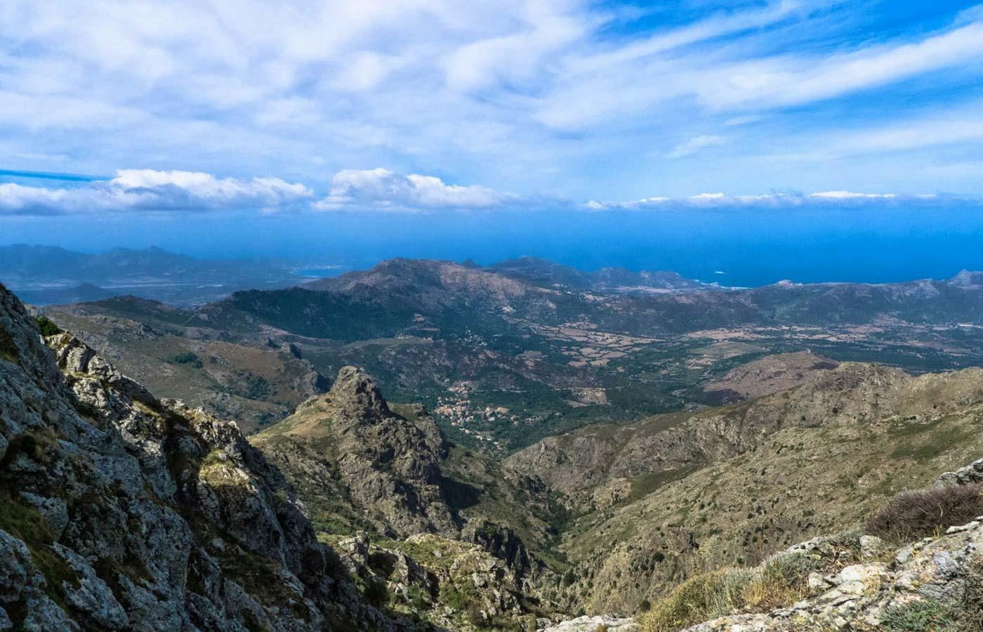 Authentic road trip in Corsica - Givi Explorer