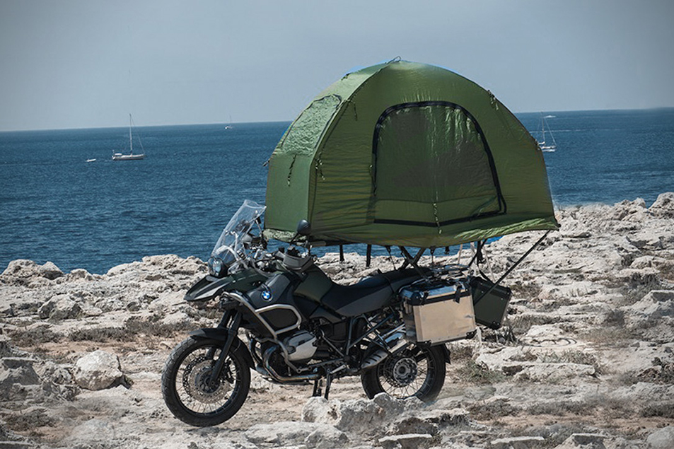 Solo touring and bike c&ing. With the Mobed tent these two aspects perfectly meet. The name is self-explanatory Mo such as motorcycles Bed as the place ... & Motorcycle tents for your Travel | GIVI Explorer